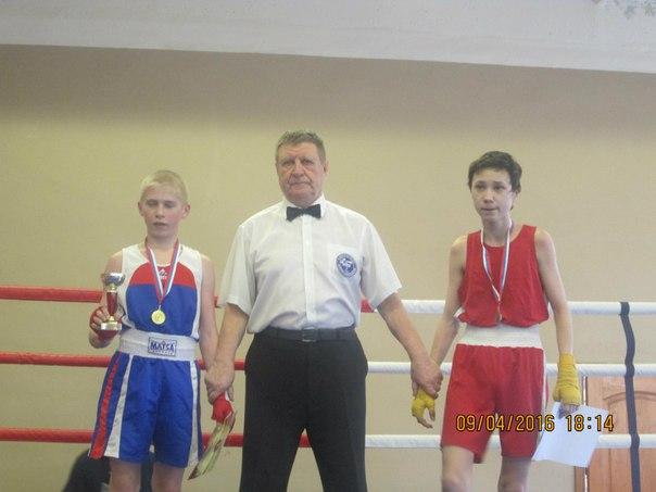 Турнир по боксу в г. Сосновый бор.  1 место Головач Семен,  2 место Тимофеев Вадим.